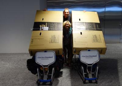 Am-Flughafen-mit-Gepäck